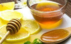 Uống trà mật ong chanh có tác dụng làm dịu niêm mạc họng và giảm sưng đau