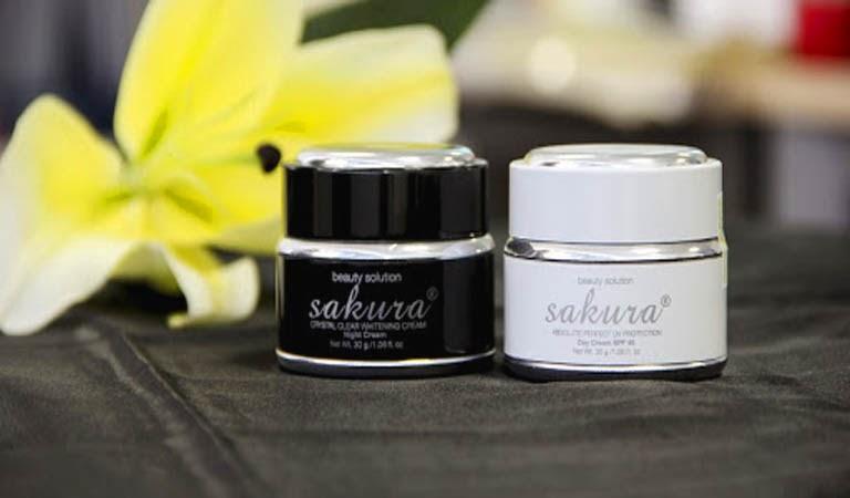 Sakura là sản phẩm trị nám quen thuộc với phụ nữ châu Á