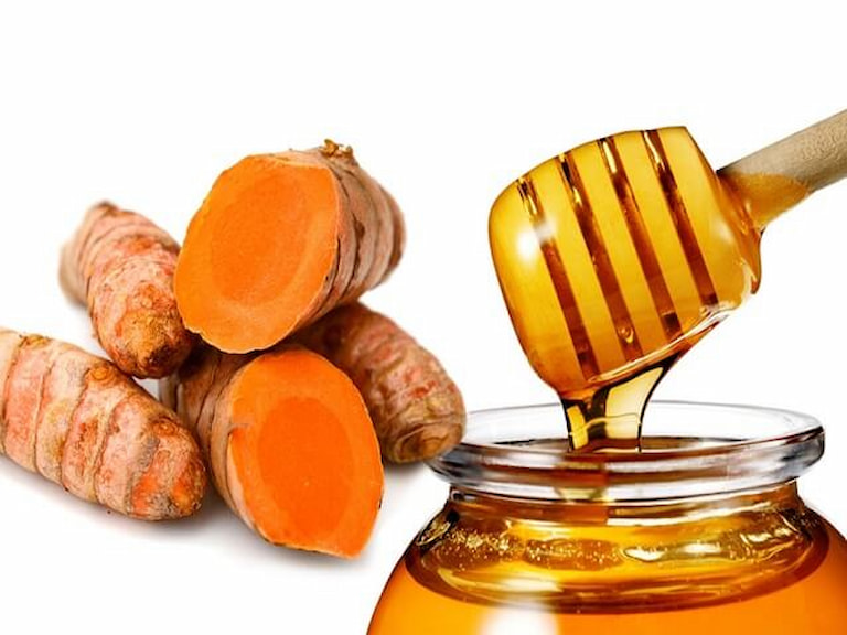 Kết hợp nghệ và mật ong giúp giảm đáng kể tình trạng dư thừa axit