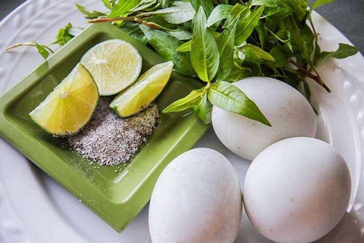 Chữa yếu sinh lý bằng trứng vịt lộn là hình thức cải thiện tình trạng bệnh đơn giản