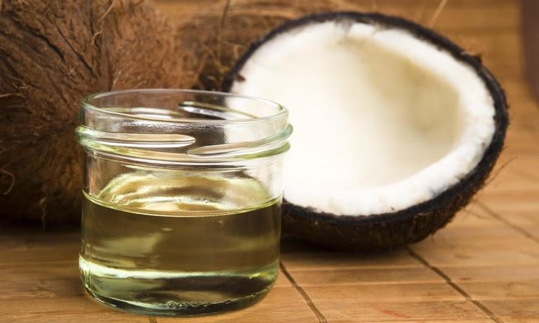 Sử dụng dầu dừa điều trị viêm lộ tuyến