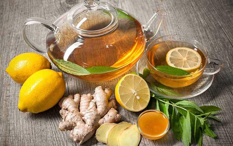 Chanh kết hợp cùng mật ong giúp kháng viêm, giảm đau rát họng