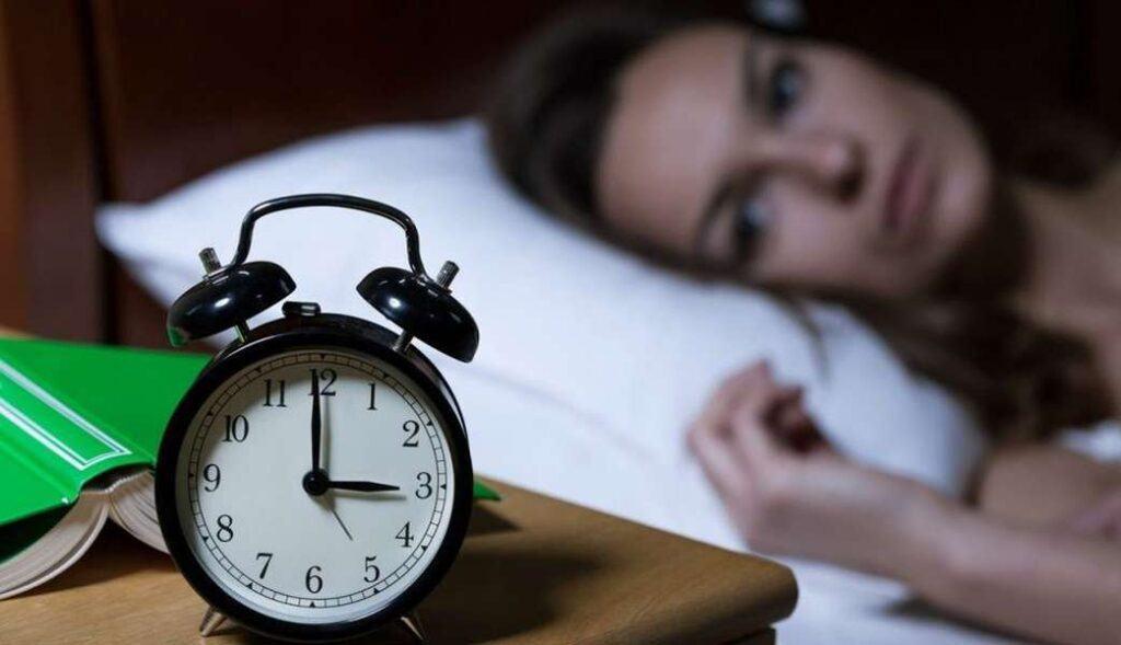 Những người bị mất ngủ kinh niên thường ngủ ít hơn 3 tiếng mỗi ngày