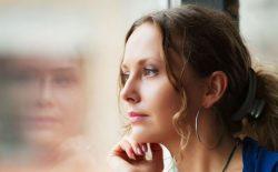Phụ nữ trong giai đoạn tiền mãn kinh có nhiều thay đổi cả về tâm, sinh lý