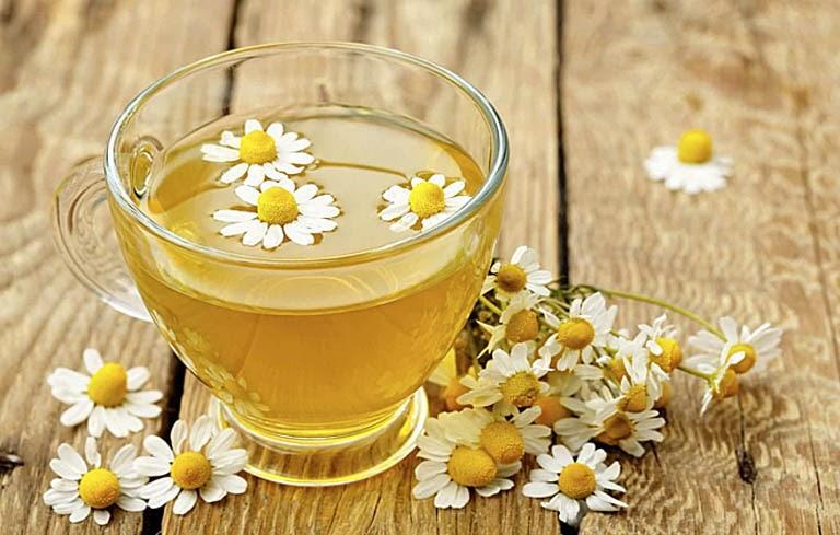 Trà hoa cúc giúp trấn an tinh thần, giúp người dùng dễ dàng đi vào giấc ngủ