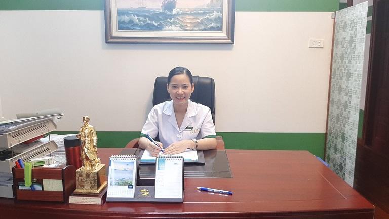 Chân dung vị bác sĩ trẻ Phạm Thanh Huyền